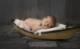 Newborn Portraits 13